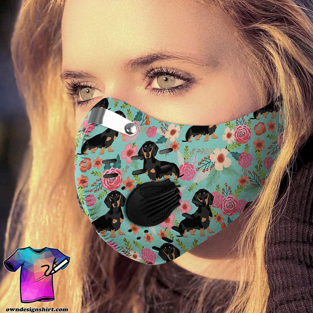 Love dog dachshund carbon pm 2,5 face mask