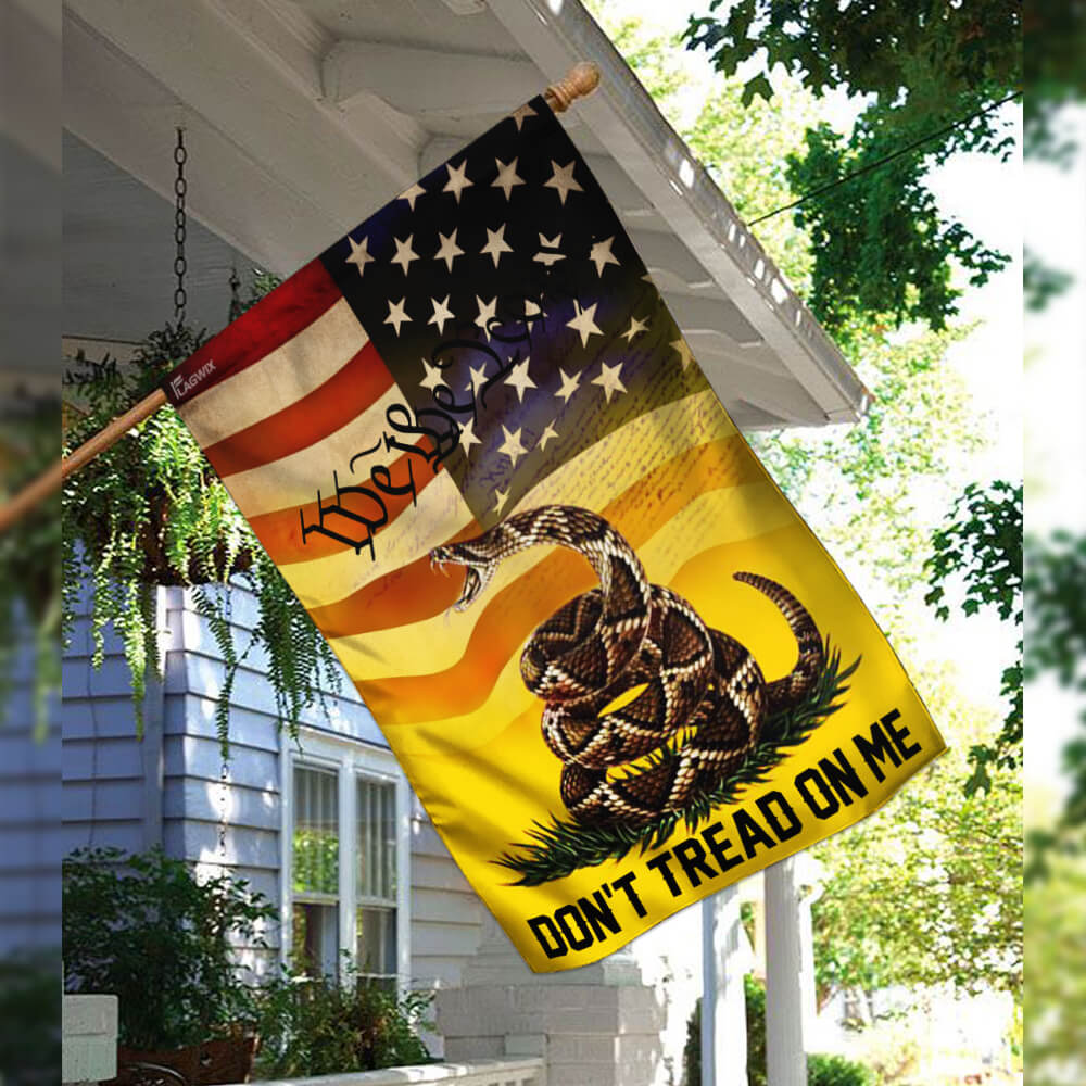 Don't tread on me we the people libertarian gadsden flag 2