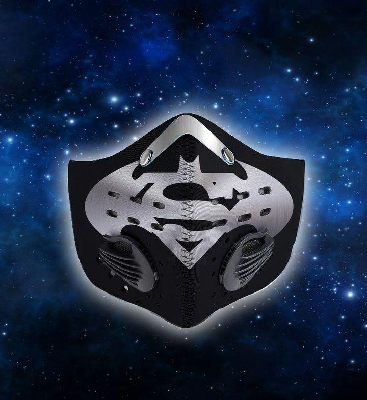 DC comics batman and superman filter activated carbon face mask 1