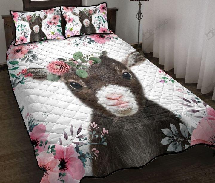 Baby goat floral quilt 1