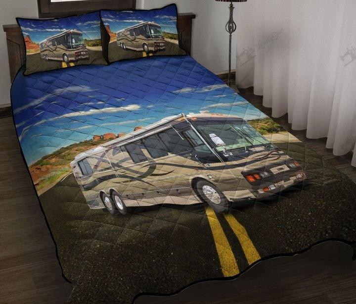 Camping rv camp life full printing quilt 1