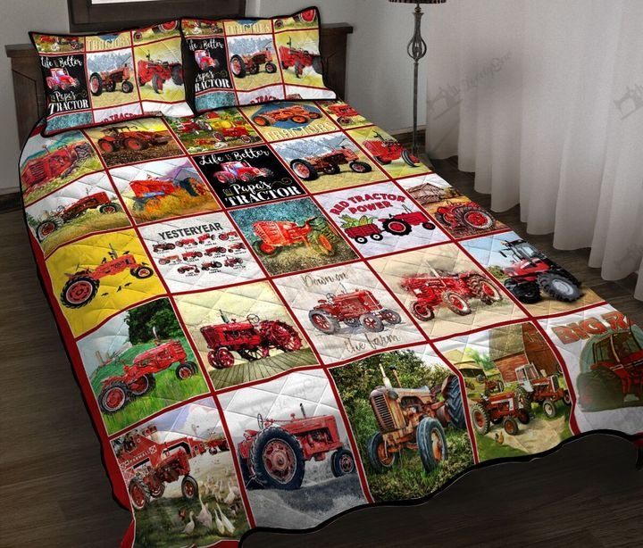 Red tractor all over printed quilt 3