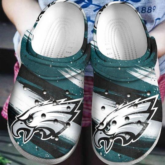 national football league philadelphia eagles crocband clog 1