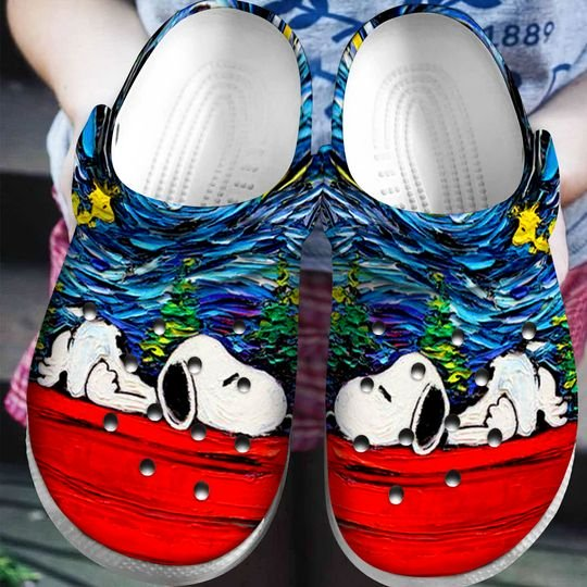 starry night vincent van gogh snoopy crocband clog 1