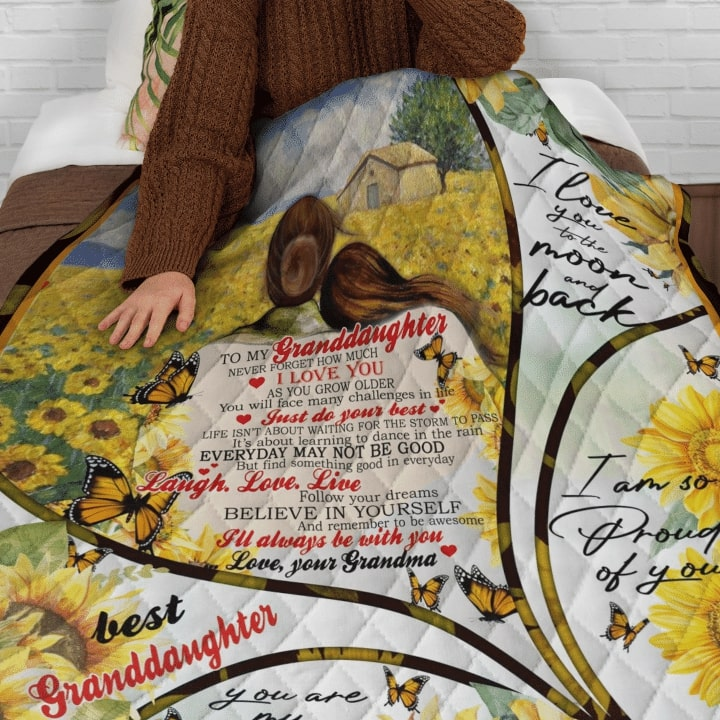 sunflower to my granddaughter i love you to the moon and back quilt 3