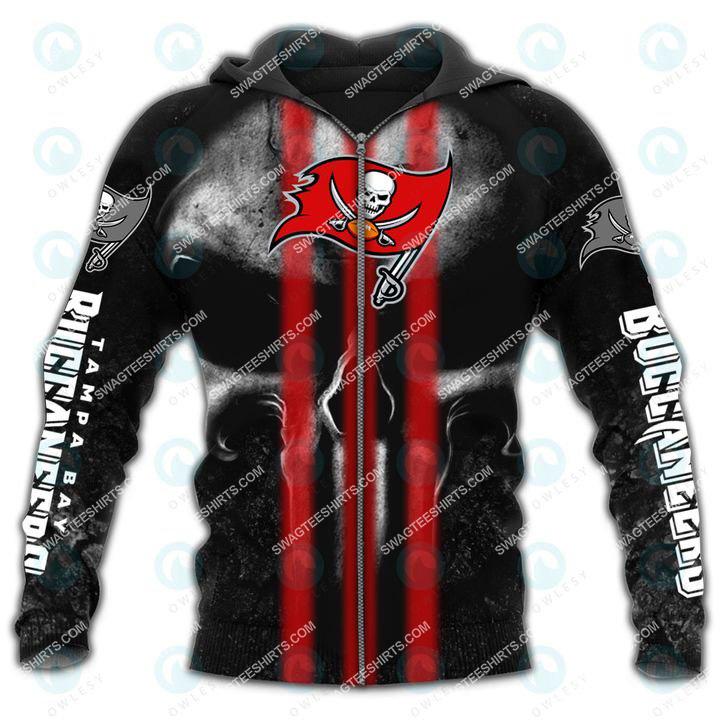 skull tampa bay buccaneers football team all over printed zip hoodie 1