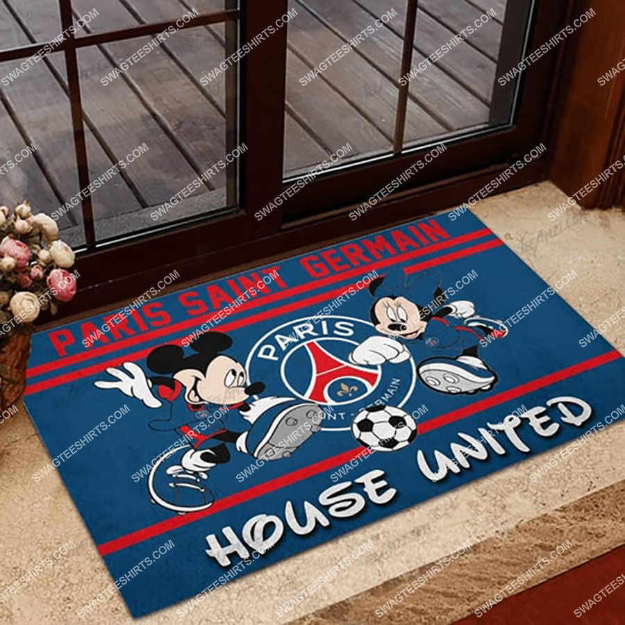 paris saint germain house united mickey mouse and minnie mouse doormat 1